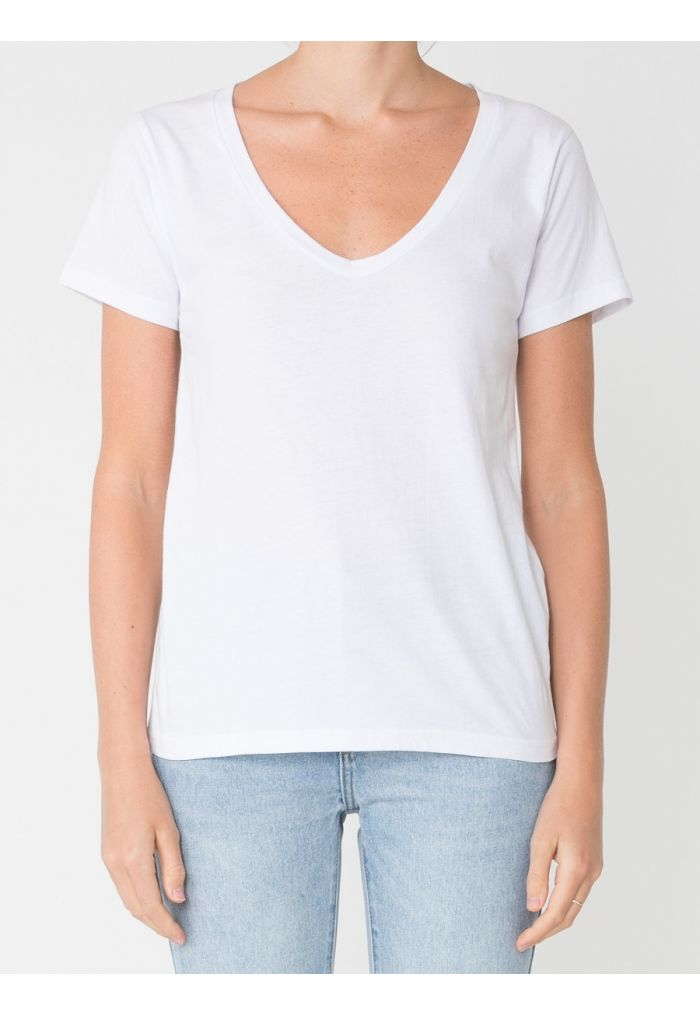 Nude Lucy Blake Solid Basic V Neck
